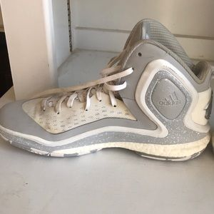 2adidas d rose 5 boost youth